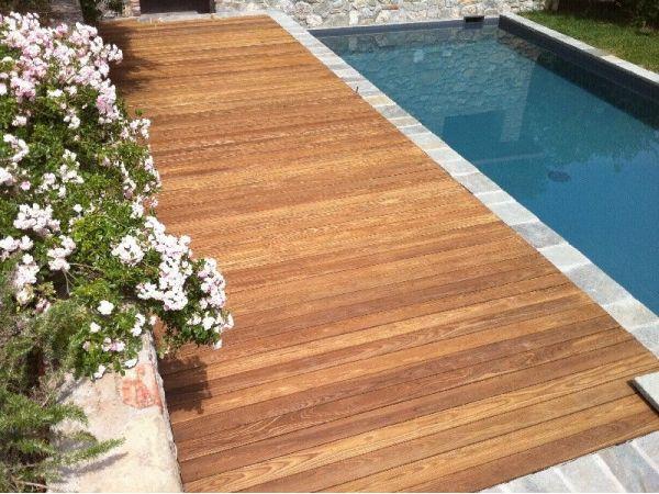 Pavimenti in legno per piscine elegant il prezzo di - Pavimenti bordo piscina in legno ...